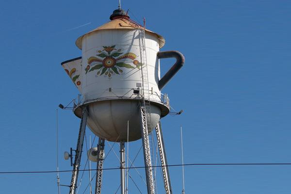 world s largest swedish coffeepot kingsburg
